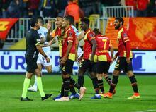 Göztepe - Medipol Başakşehir maçından fotoğraflar