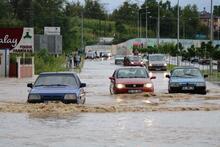 Samsun'u sel vurdu! 1 kişi hayatını kaybetti