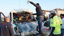 Kamyona çarpan çekicinin sürücüsü öldü