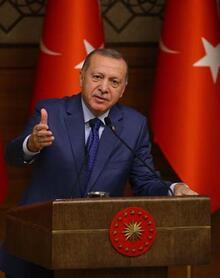 Cumhurbaşkanı Erdoğan: Yedi düvele karşı dimdik ayakta duruyoruz