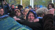 Eski kocasının satırla saldırdığı Ayşe Tuğba son yolculuğuna uğurlandı