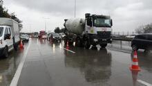 Hasdal'da beton mikseri askeri alana uçtu