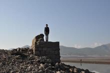 Baraj suyu çekildi, tarihi köprünün ayakları ortaya çıktı