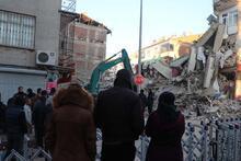 Türkiye'ye Elazığ mesajı! Dünya yakından izliyor