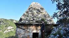 Yıllarca türbe sandılar ama anıt mezar çıktı!