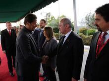 Cumhurbaşkanı Erdoğan'a Pakistan'da resmi törenle karşılama