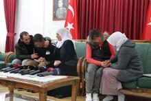 178 gün sonra, HDP önünde 2 aile daha evladına kavuştu!