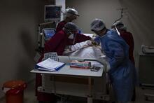 Marmara Üniversitesi Pandemi Hastanesi corona virüs hastalarına şifa oluyor