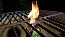 Düzce'de şok eden görüntü! Kuyudan çıkan su yanıyor