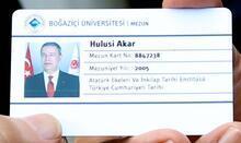 Bakan Akar'a Boğaziçi'den 'mezun kartı'