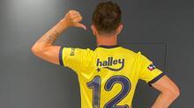 Fenerbahçe'ye imza attı, formayı giydi! İşte o kareler...