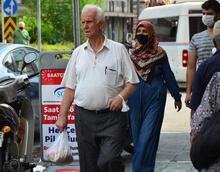 Adana ve Diyarbakır'dan şok eden manzara! Yasağa rağmen maske takılmıyor