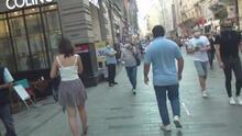 Genç kadını adım adım takip etti! O anlar görüntülendi...