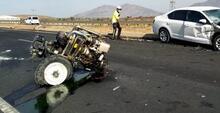 İslahiye'de, otomobil ile çarpışan traktör ikiye ayrıldı