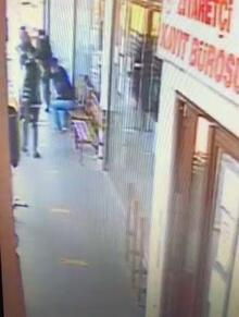 Taksici, oğlunu ziyarete gittiği cezaevi önünde 9 kurşunla öldürüldü