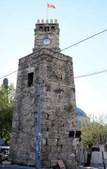 Saat kulesine 'Ramocan' yazısına 1 yıl hapis