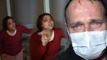 Kıskançlık krizi geçiren kadın, kocasını darp edip sokağa attı!