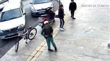 Antalya'da 3 çocuk iş yerine torpil attı, ortalık karıştı!