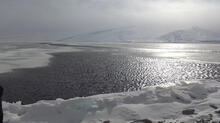 Çıldır gölü ikiye ayrıldı