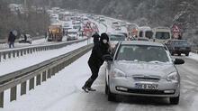 Denizli-Antalya karayolu kapandı! Araç kuyruğu 5 kilometreye ulaştı