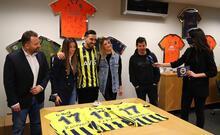 Fenerbahçe'de İrfan Can Kahveci formayı giydi