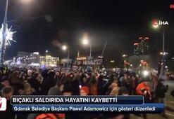 Polonyalılar hayatını kaybeden belediye başkanı için sokaklarda