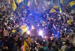 Boca Juniorslu taraftarlar, takımlarını Madride uğurladı