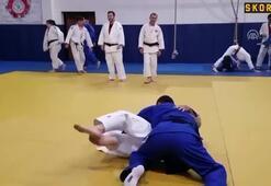 Hamza Yerlikaya, milli judocularla tatamiye çıktı