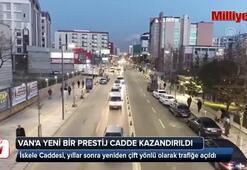 Türkiyenin en uzun caddelerinden biri yeniden trafiğe açıldı