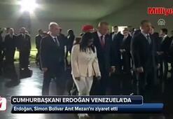 Cumhurbaşkanı Erdoğan, Simon Bolivar Anıt Mezarını ziyaret etti
