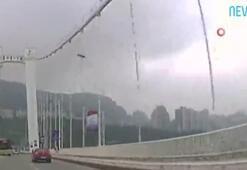 Yolcuyla şoför kavga etti, otobüs köprüden uçtu