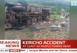 Kenyada feci otobüs kazası