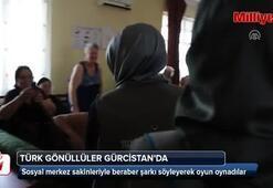 Türk gönüllüler Gürcistanda yaşlıların yüzünü güldürdü