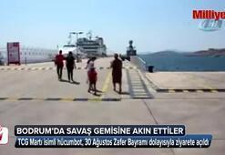 Savaş gemisi halkın ziyaretine açıldı