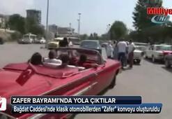 Bağdat Caddesinde klasik otomobillerden Zafer konvoyu