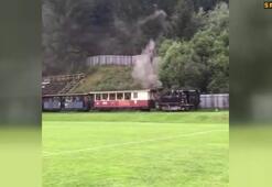 Sahanın yanından tren yolu geçerse...
