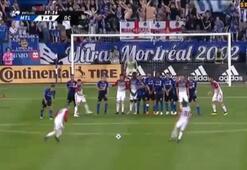 Wayne Rooney direği geçemedi