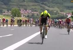 Fransa Bisiklet Turuna diskalifiye damgası Rakibine yumruk savurdu...