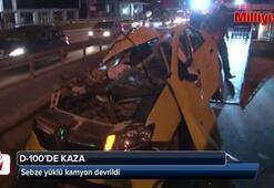 Sebze yüklü kamyon devrildi: 2 yaralı