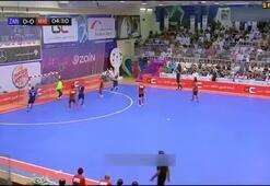 Karim Benzema Futsalda coştu
