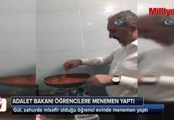 Adalet Bakanı Gül, öğrencilerle menemen yaptı