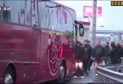 Ajax taraftarlarından Hakim Ziyeche saldırı