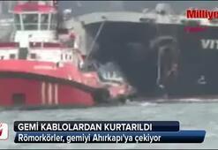 Römorkörler, gemiyi Ahırkapıya çekiyor
