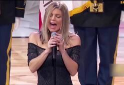 Fergie, NBA All-Starda ABD marşını söylerken rezil oldu