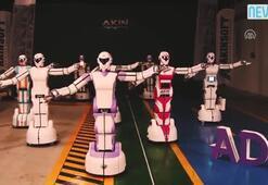 Yerli insansı robotlar oyun havasına girdi