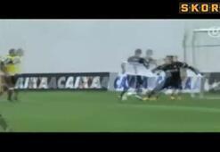 Pato Corinthians ile sahaya indi