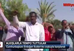 Sudanlı vatandaşlardan Erdoğan'a coşkulu karşılama