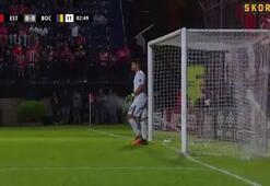 Boca Juniors maçında bir anda saha sulama sistemi çalıştı
