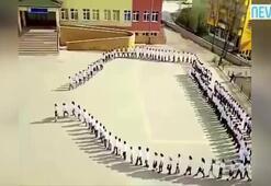Öğrencilerden muhteşem koreografi