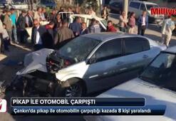 Pikap ile otomobil çarpıştı: 8 yaralı